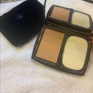 Chanel Le Tient Ultra Tenue Powder Foundation